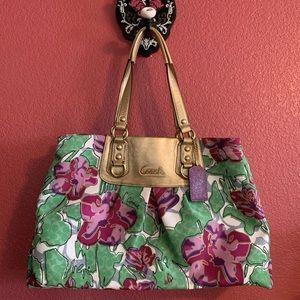 NWOT Authentic Coach floral handbag 💐